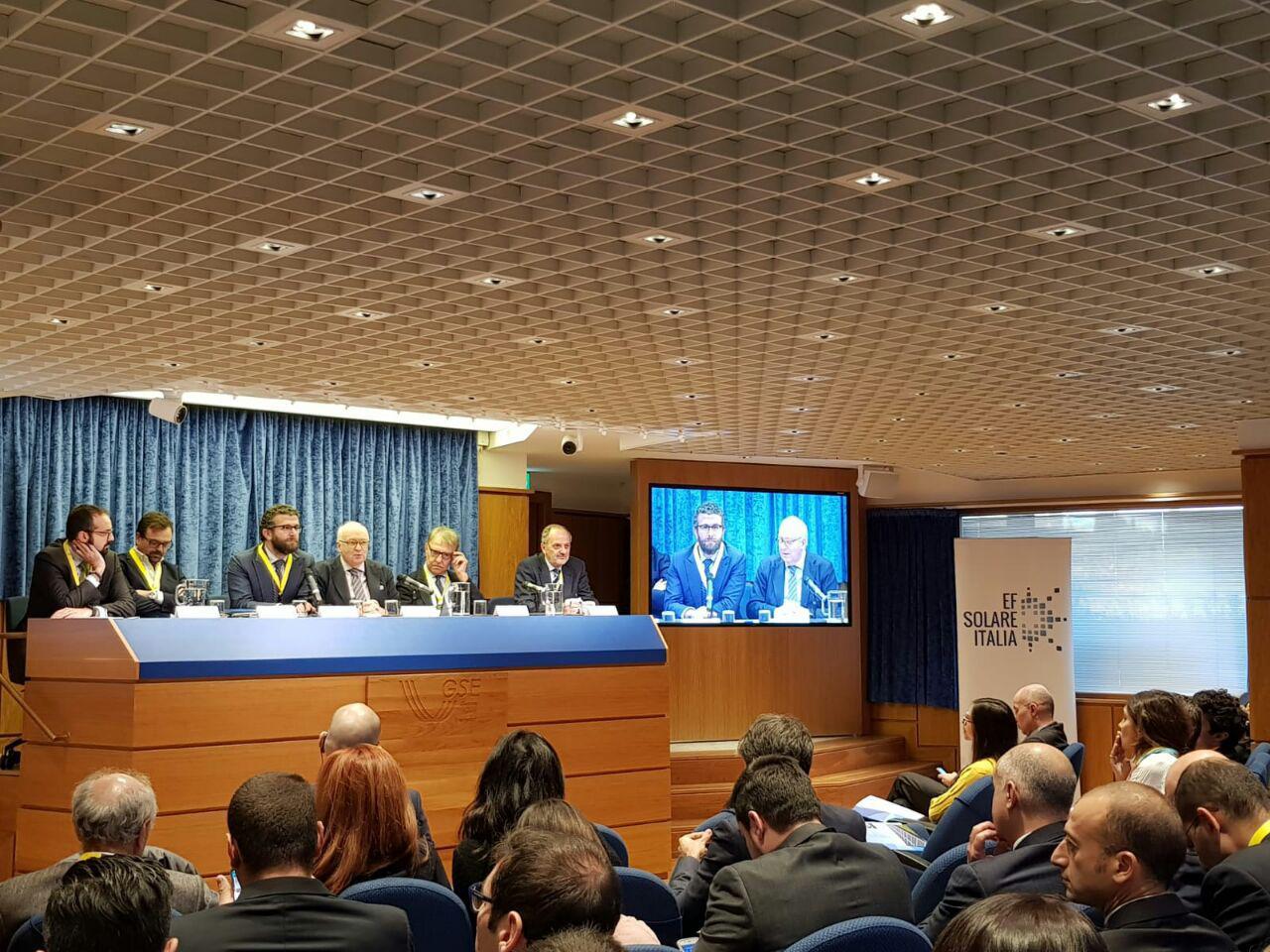 """Vendere Energia Elettrica Da Fotovoltaico moro (convert): """"la burocrazia in italia blocca il"""